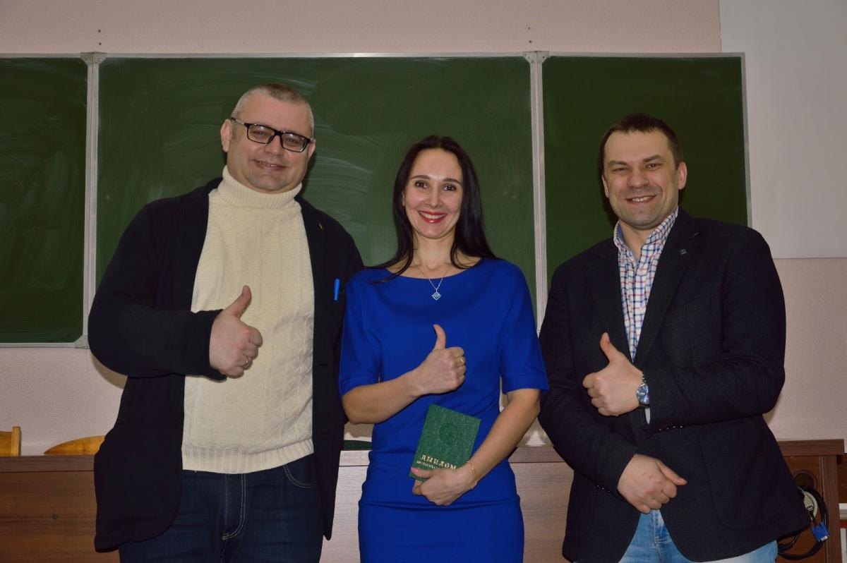"MIPK & PK graduates successfully defended their theses and were awarded diplomas in ""Project Management in Construction"".  Dmitry I. Semenkevich, Deputy Minister of Architecture and Construction, attended the Graduation Ceremony."